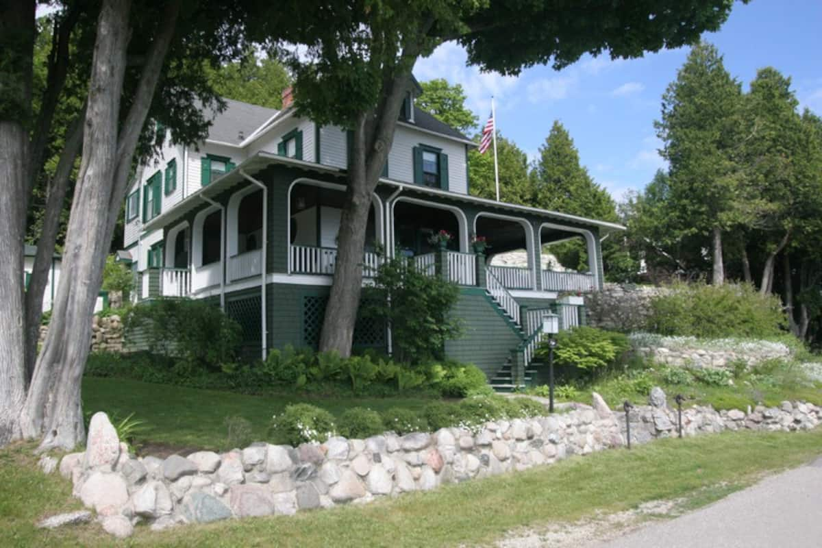 Airbnb Mackinac Island For Large Groups