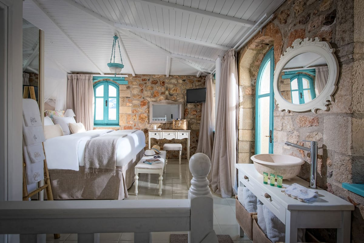 Best Airbnb Greece