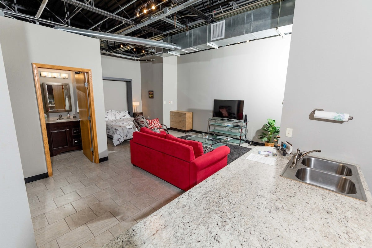 Best Airbnb in Springfield Airbnb for business travelers