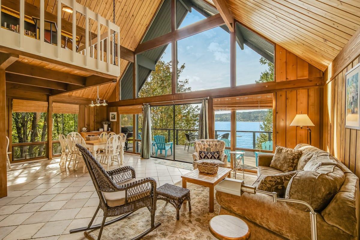 Best Pet Friendly Airbnb Bainbridge Island WA