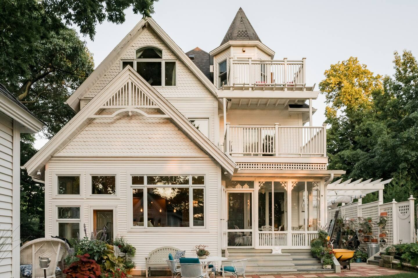 Luxury Airbnb Madison Wisconsin