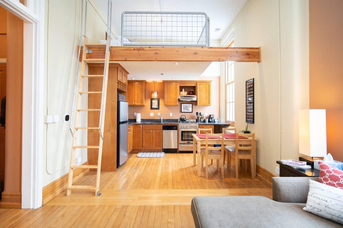 Traverse City Loft Airbnb