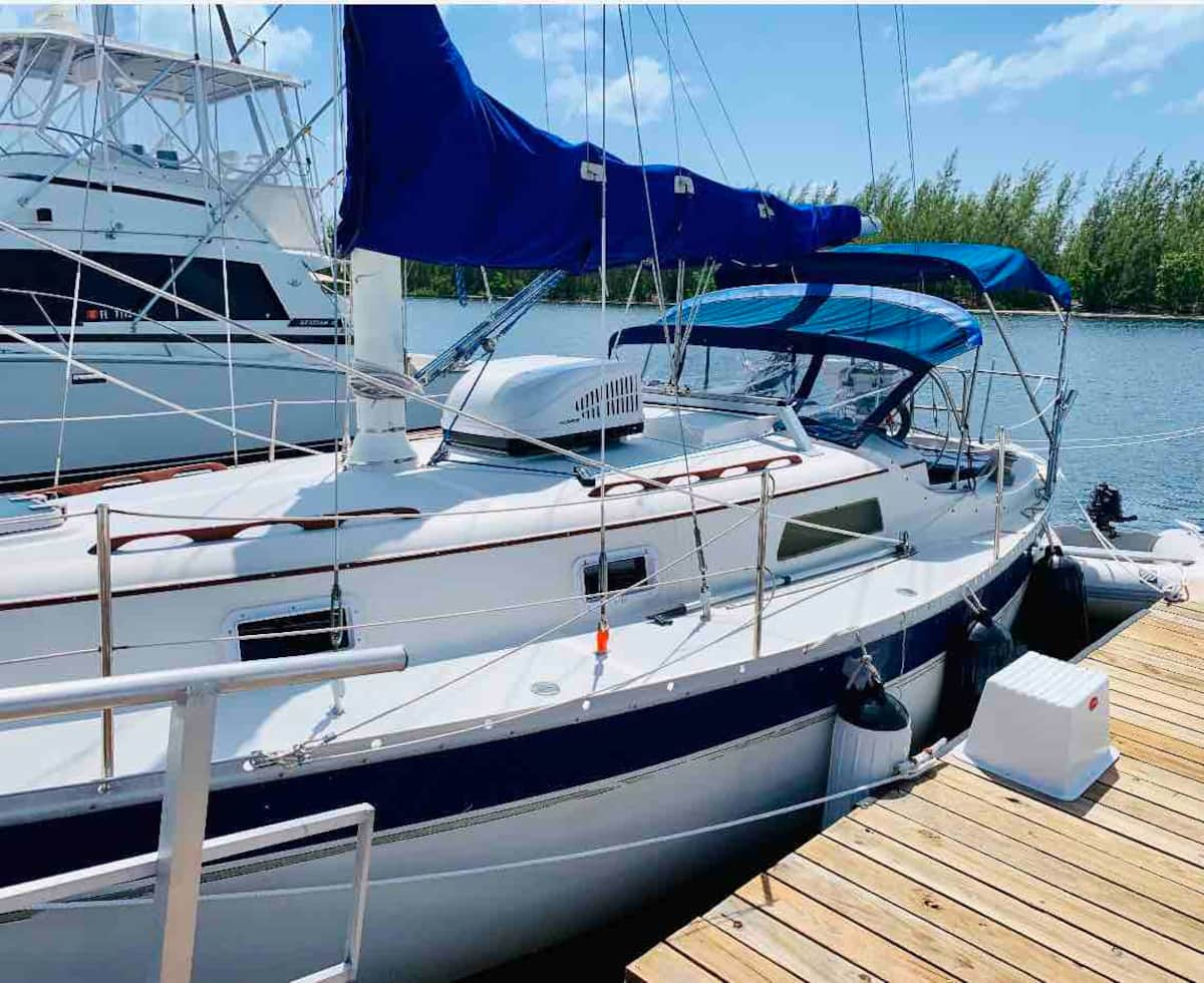 Unique Houseboat Airbnb Florida Keys