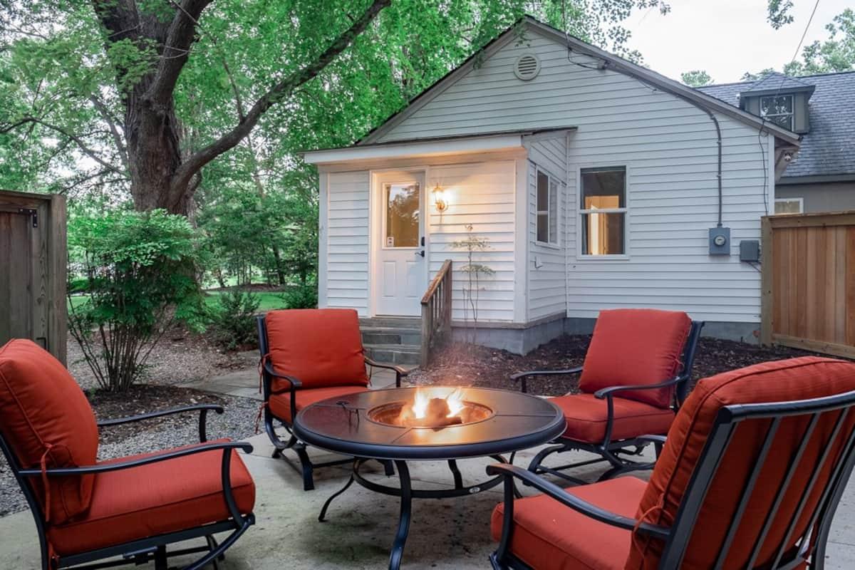 Williamsburg VA Airbnb Patio
