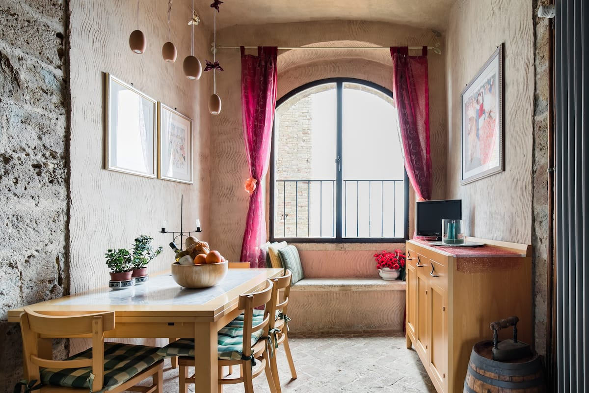Cheap Airbnb Italy