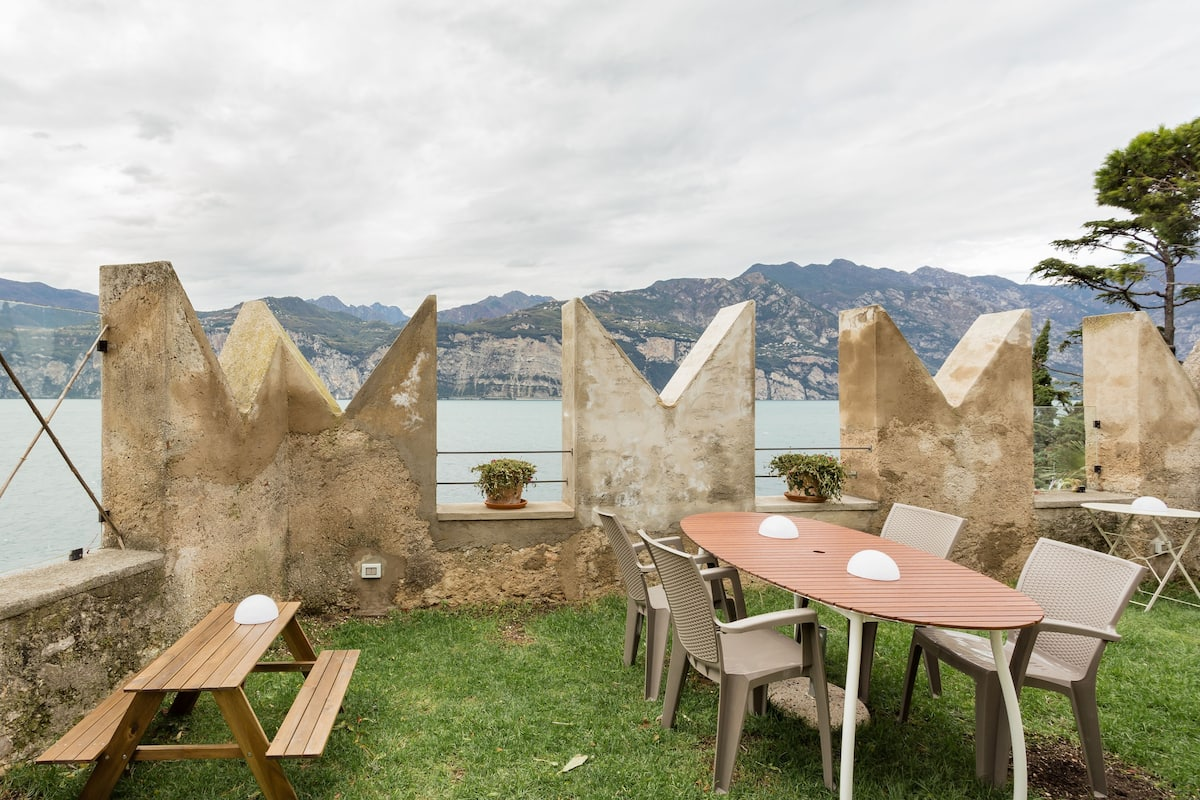 Cheap Italy Airbnb
