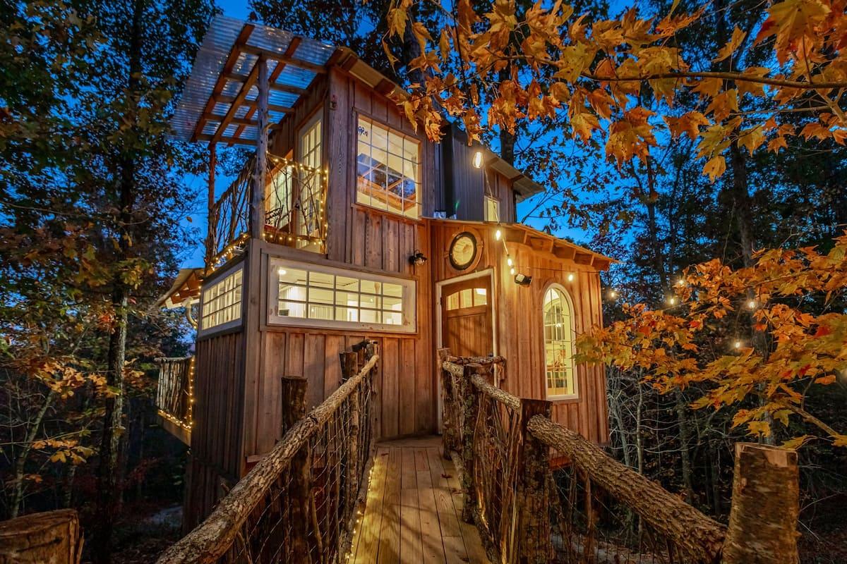 Whippoorwill Retreat Treehouse Georgia