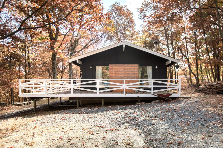 Gold Finch Cabin Rental Airbnb
