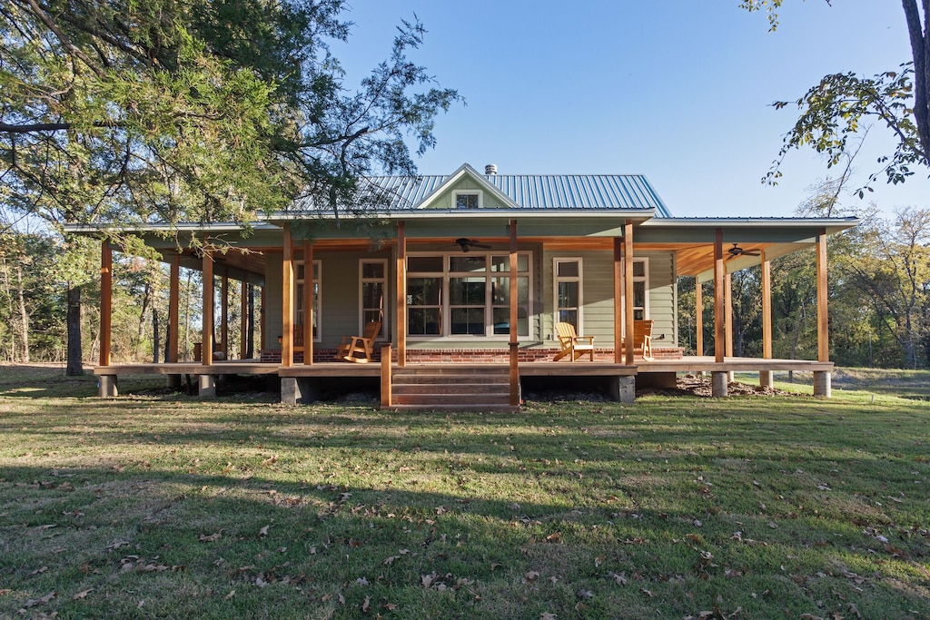 Heth House - Modern Victorian Cabin in the WoodsHeth House - Modern Victorian Cabin in the Woods