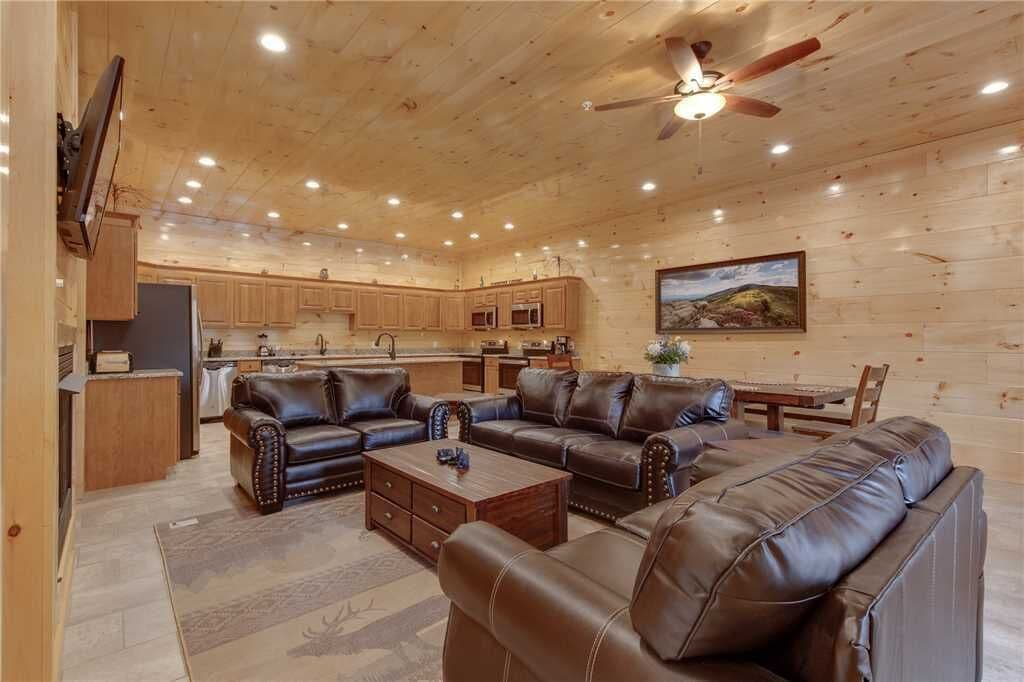 Luxurry Cabin Rental in Tennessee