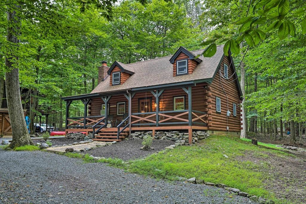 Luxury Cabin Rental in Pocono Lake