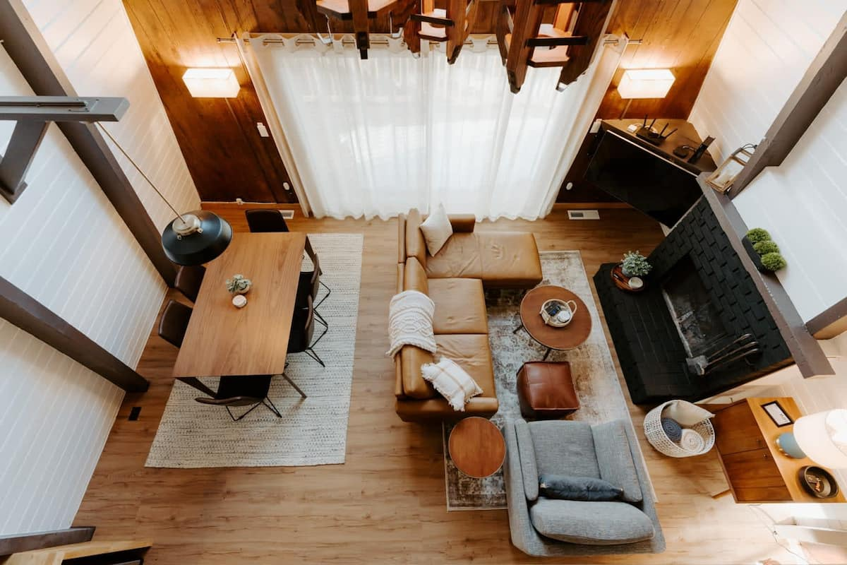 Mountain Getaway at Moonridge Treehouse Airbnb