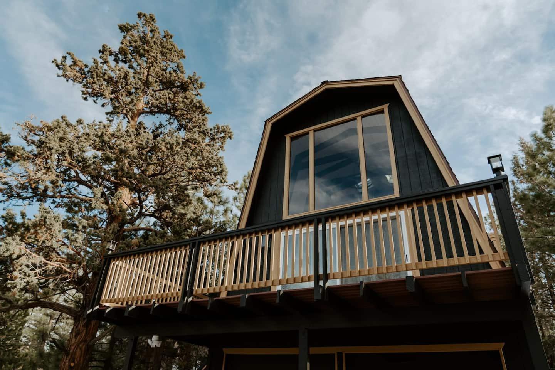 Mountain Getaway at Moonridge Treehouse