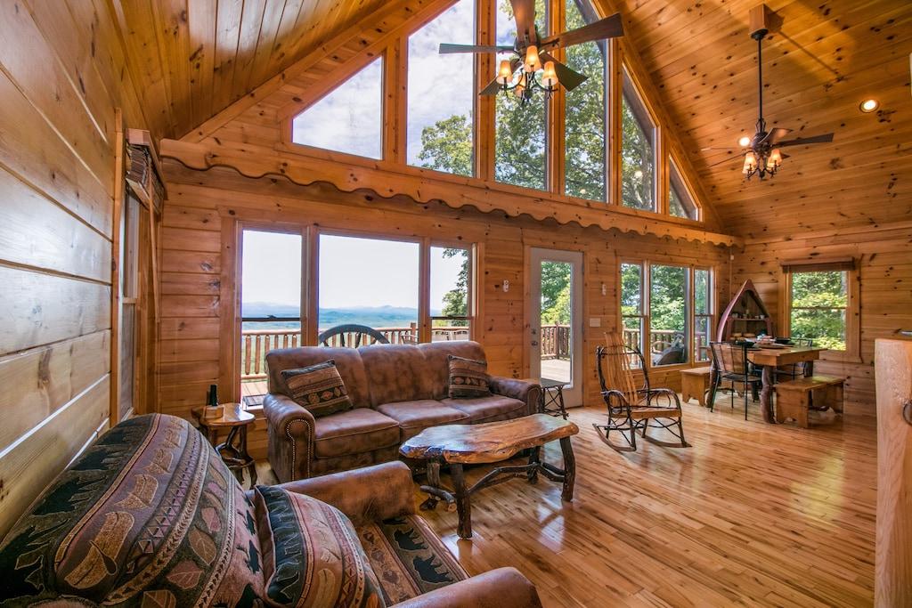 Pet-Friendly Luxury Cabin Rental Georgia