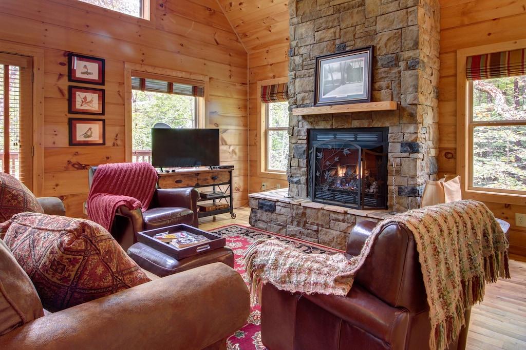 Secluded Romantic Cabin in Georgia