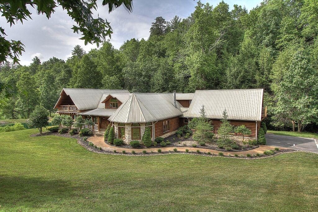 Tennessee Cabin Mansion Rental