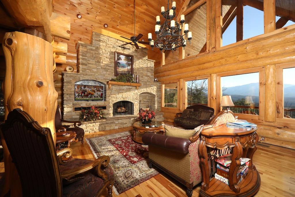 The Lodge of Gatlinburg TN Cabin