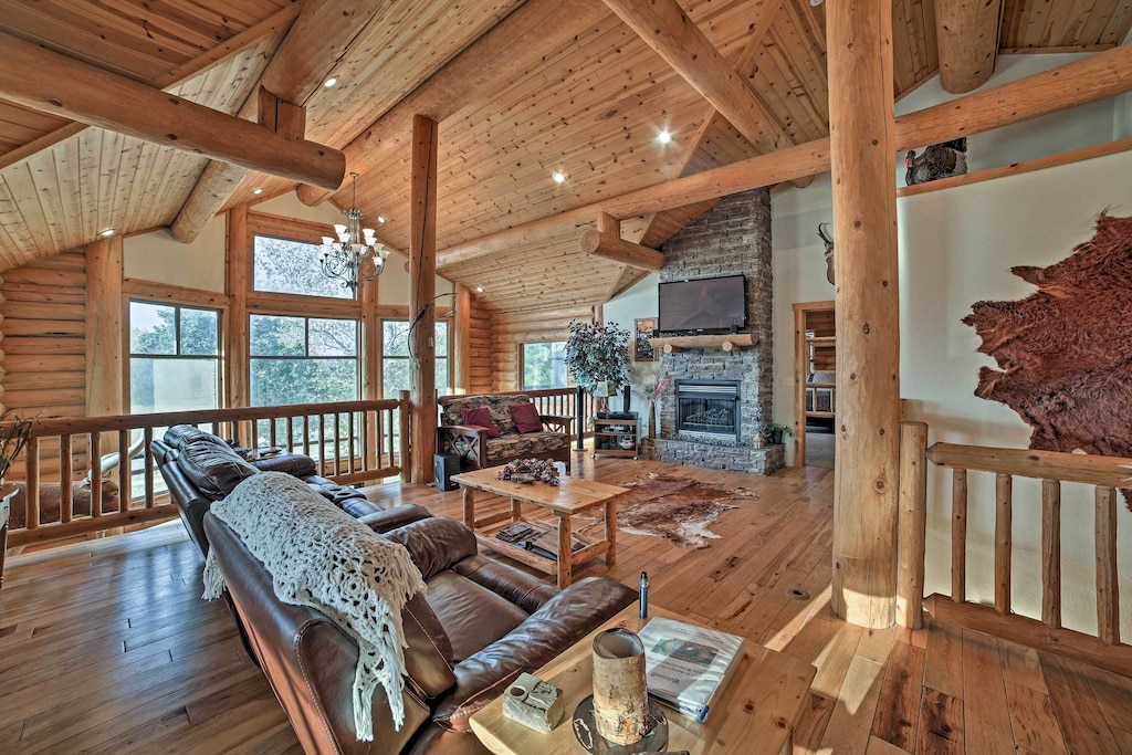 Luxury Cabins in Arkansas near Table Rock Lake