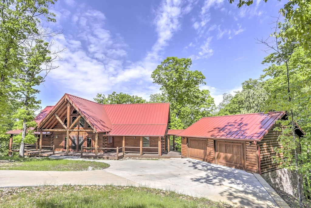 Luxury Cabins in Eureka Springs Arkansas Beaver Lake Views