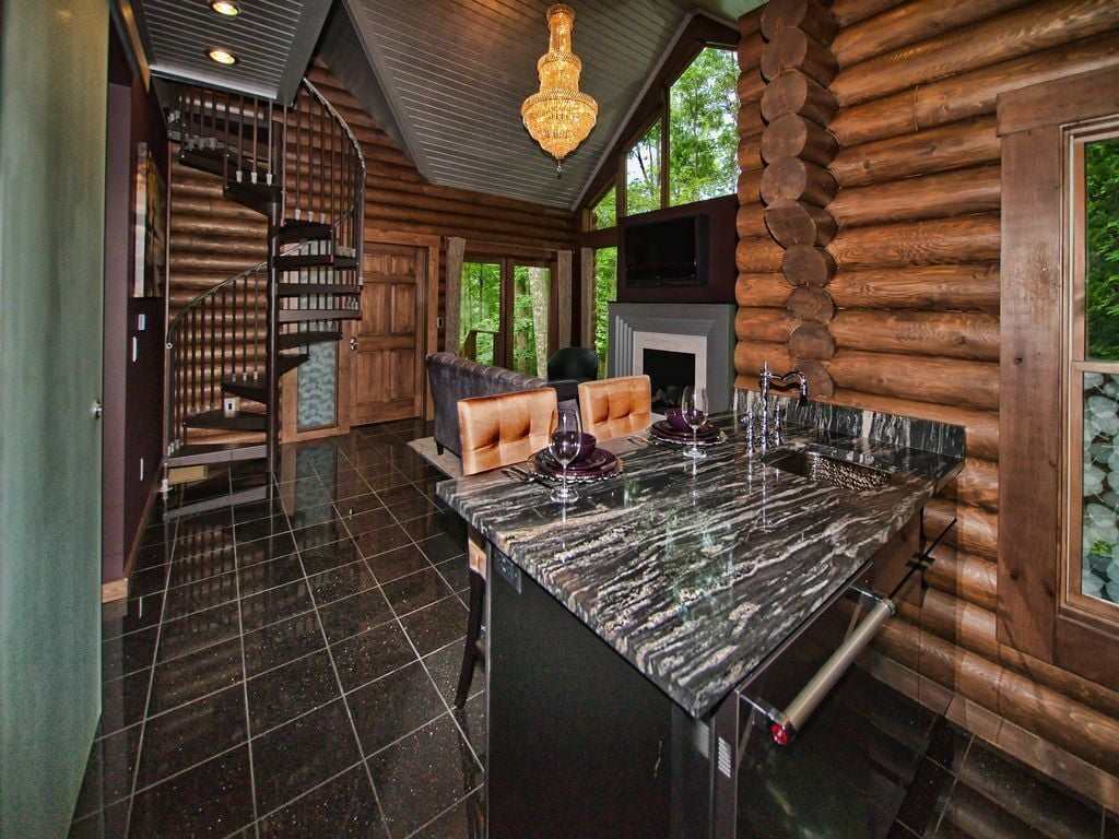 Luxury Cabins in Ohio Parisian Style with hot tub kayak bikes and fire pit