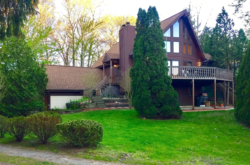 Secluded Cabins in Michigan luxury near the beach and lake